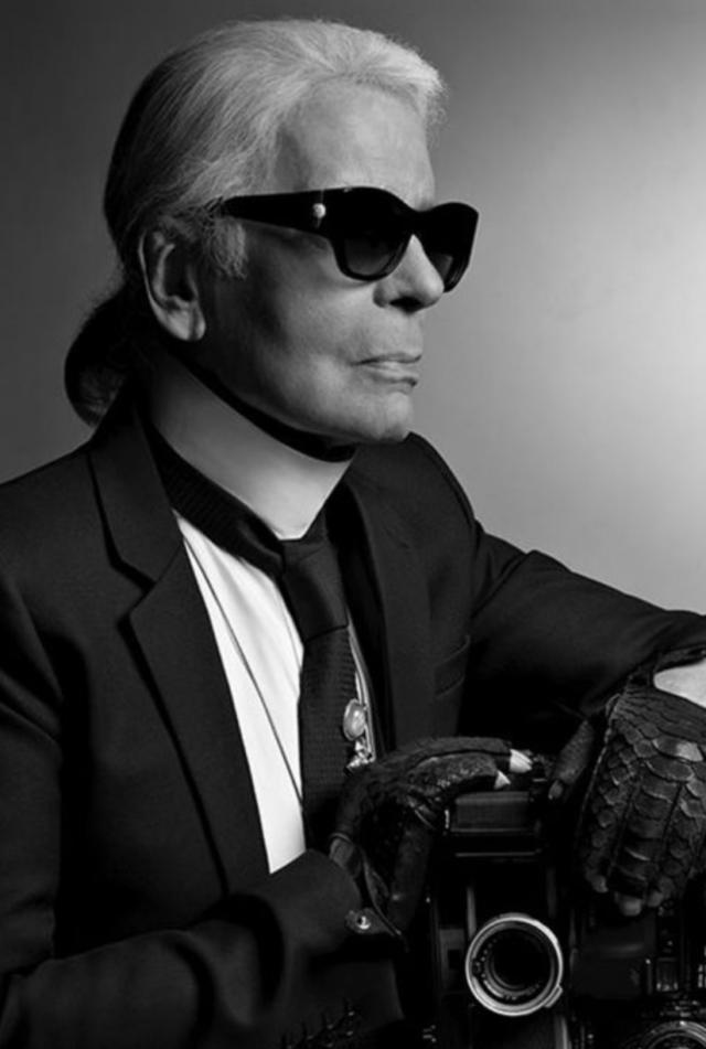 Elizabeth Mohr, Former * Head of Marketing, Roland Mouret  Image 5