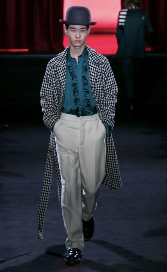 Mark Anthony Bradley, Fashion Director  Image 4